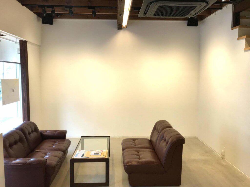 ギャラリー壁